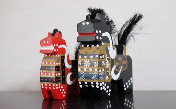 お土産におすすめ☆伝統工芸品「八幡馬」